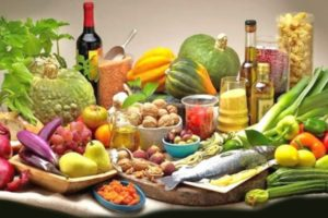 Mediterranean Diet Lowers Risk of Breast Cancer